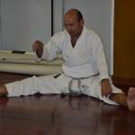 ..un  attimo di  riposo durante la valutazione dei Kata.